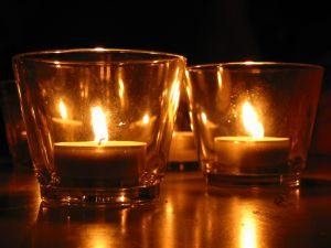 19304_tee_candles